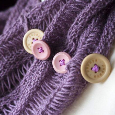 Cowl Button Detail