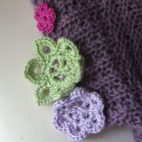 Cowl Flower Detail