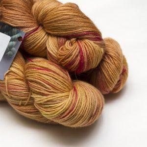 2016-11-yarnclub-yarn