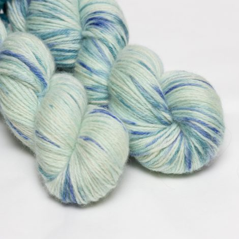 Charity Yarn – January – Tourettes Action